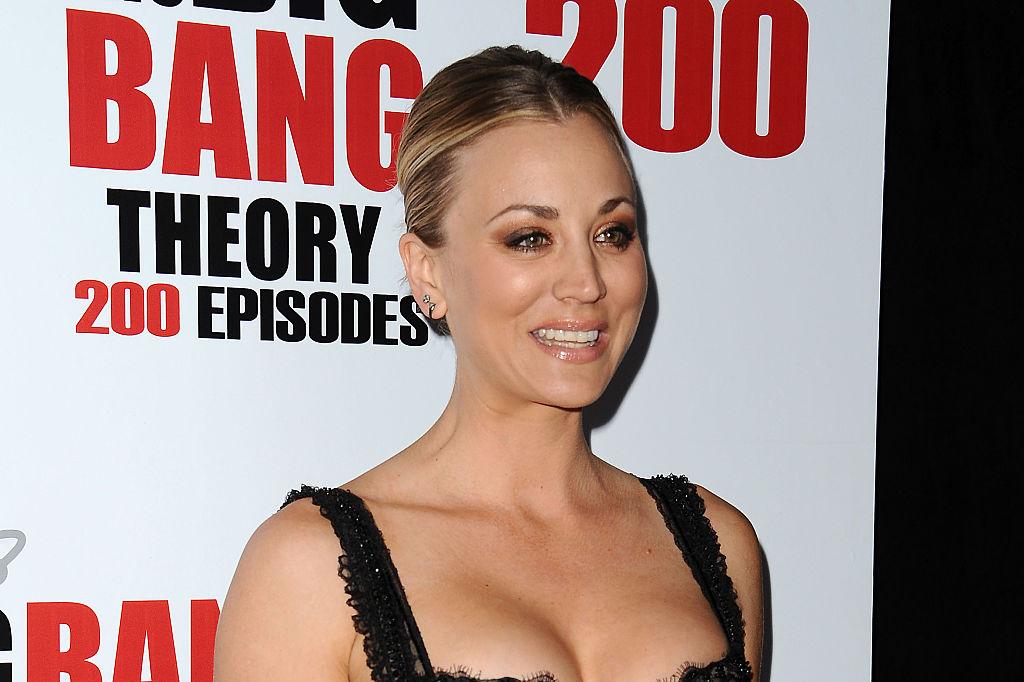 """Penny din The Big Bang Theory vrea să cumpere calul care a fost lovit cu pumnii la Jocurile Olimpice. """"Spuneți prețul!"""""""