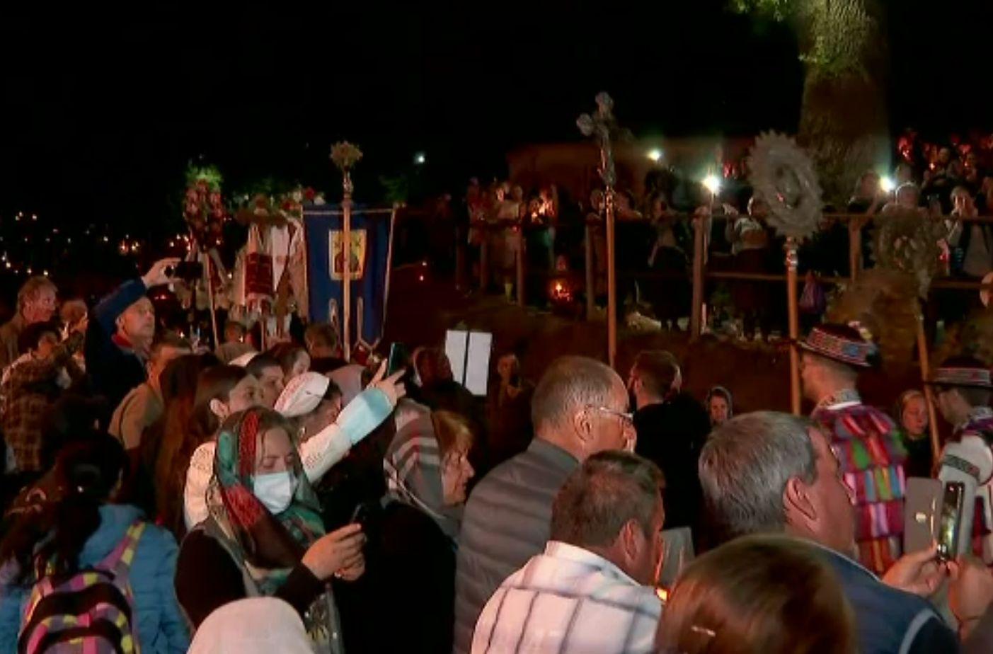 S-a încheiat pelerinajul la Mănăstirea Nicula. Icoana Maicii Domnului, înconjurată de zeci de mii de credincioși