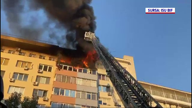 """Incendii violente în București. """"A explodat ceva, nu știu ce"""""""