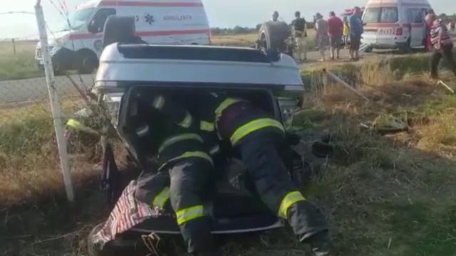 """Încă un weekend cu morți și răniți în accidente rutiere pe șoselele din România. """"Aici se fac numai accidente"""""""