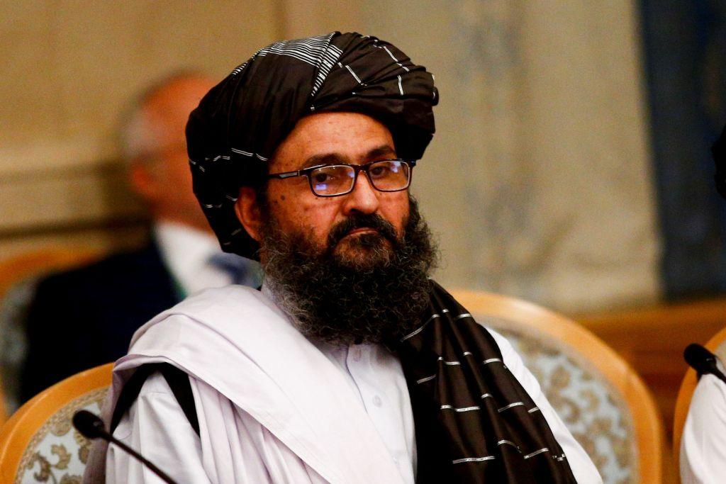 Cine este Abdul Ghani Baradar, virtual președinte în Afganistan. Eliberat de SUA, a scris codul de conduită al talibanilor
