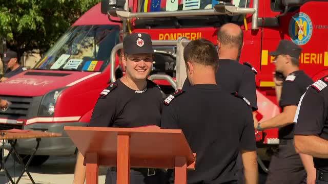 Pompierii care au participat la misiunile de stingere a incendiilor din Grecia, înaintaţi în grad