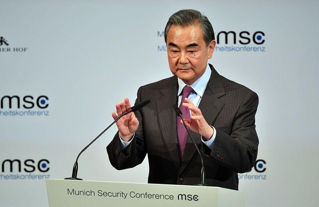 Ministrul chinez de externe critică retragerea grăbită a trupelor americane din Afganistan