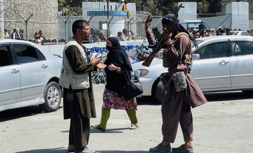 Talibanii anunţă o