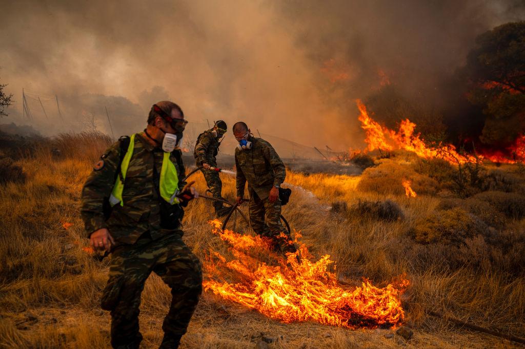 Europa nu scapă de ameninţarea flăcărilor. În Grecia, Franța și Portugalia au izbucnit mai multe incendii
