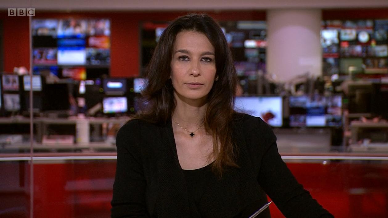 VIDEO. Momentul în care o prezentatoare de la BBC este sunată de un taliban, în timp ce se afla în direct