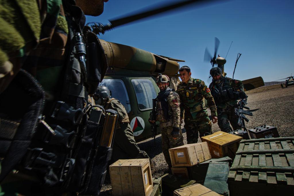 Armata americană a evacuat peste 3.200 de persoane din Afganistan