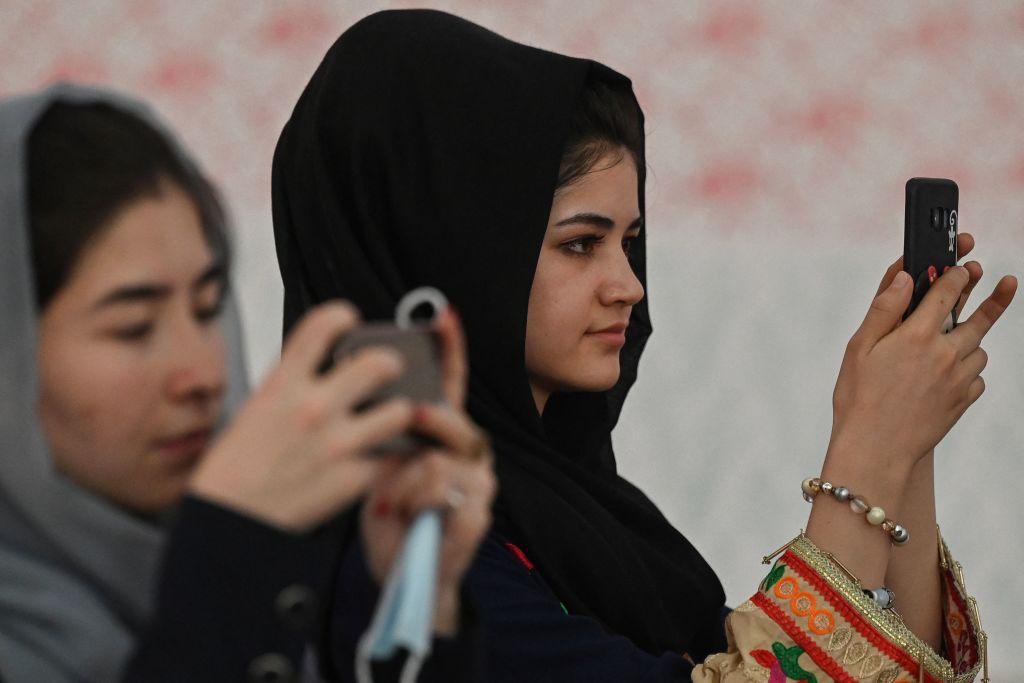 Cum s-a schimbat Afganistanul în ultimii 20 de ani. Deși s-a modernizat, rămâne una dintre cele mai sărace țări de pe glob