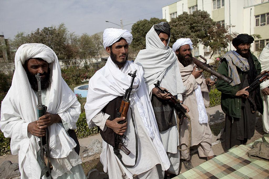 """Talibanii acuză SUA că sunt responsabile pentru haosul de pe aeroportul din Kabul. """"E pace în întreaga țară"""""""