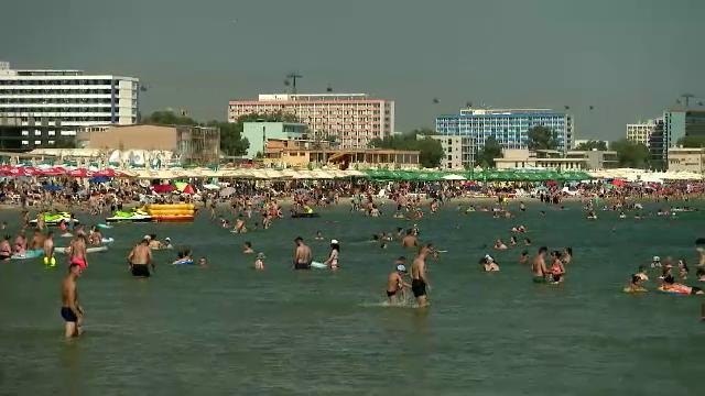 Vârful sezonului estival a trecut, dar prețurile sunt încă mari pe litoral. Când vin marile scăderi și unde e mai ieftin deja