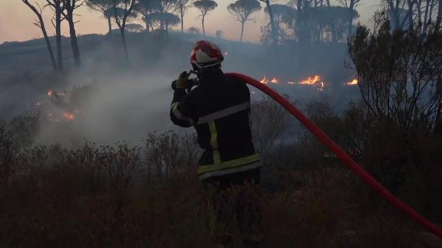 Incendiile fac ravagii și în Franța. Doi oameni au murit, iar impactul asupra naturii este uriaș