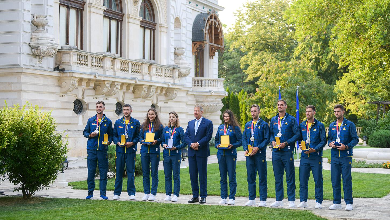 Președintele Iohannis i-a decorat pe sportivii medaliați la Jocurile Olimpice de la Tokyo