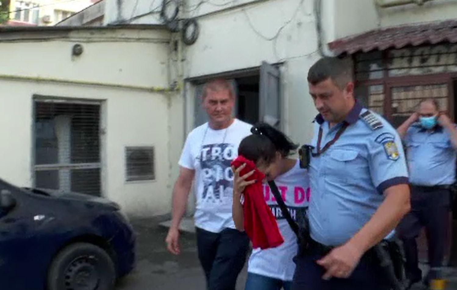Încăierare sângeroasă în Pitești. A fost atacat de proxenet, după ce a mers să întrețină relații sexuale cu o tânără