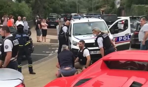 Franța: Un român a fost reținut cu focuri de armă și internat la psihiatrie, după o urmărire ca în filme. Ce a făcut