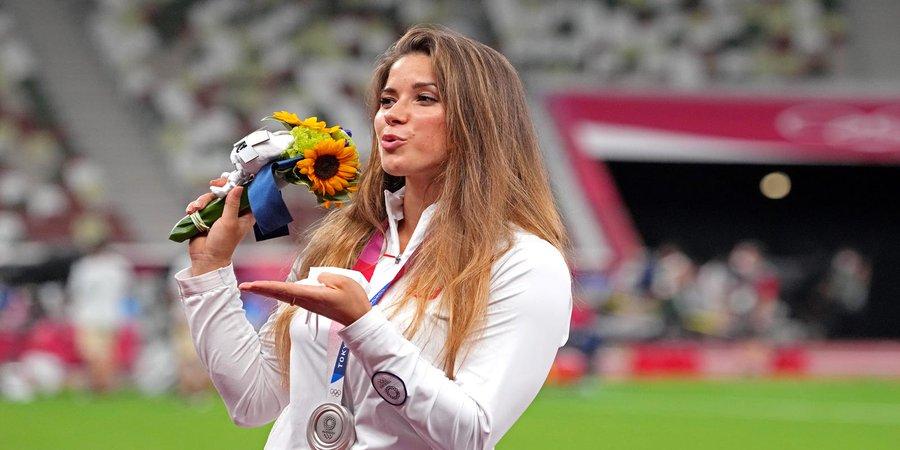 Maria Andrejczyk, medaliată cu argint la JO 2020, și-a scos la licitație medalia pentru a ajuta un copil