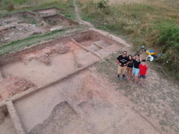 Un sat preistoric poate fi vizitat în Dâmbovița. GALERIE FOTO