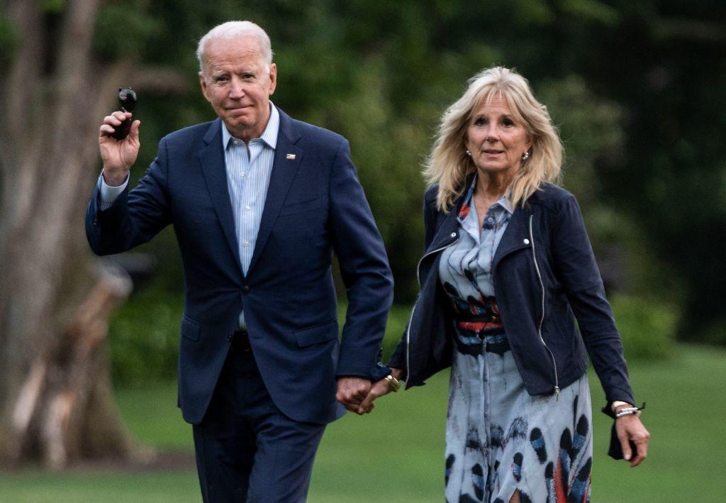 Joe Biden și prima doamnă a SUA vor primi a treia doză de vaccin anti-COVID-19