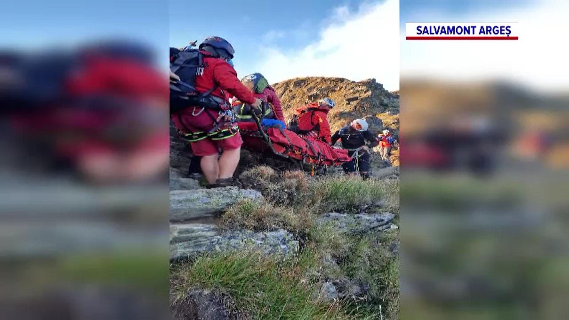 Salvamontiștii au recuperat un belgian care a suferit o fractură pe traseul de creastă al Făgărașului