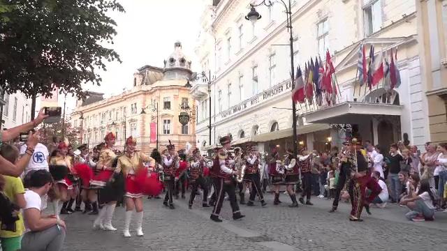 A început Festivalul Internațional de Teatru din Sibiu. Străzile orașului au fost animate de muzică și dans