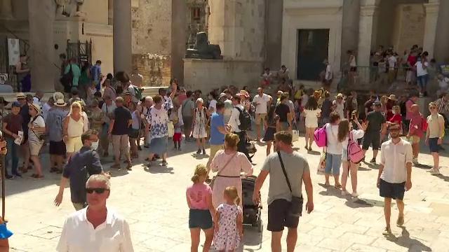 Cel mai aglomerat weekend pe coasta Mării Adriatice. Croația a ajuns preferata turiștilor