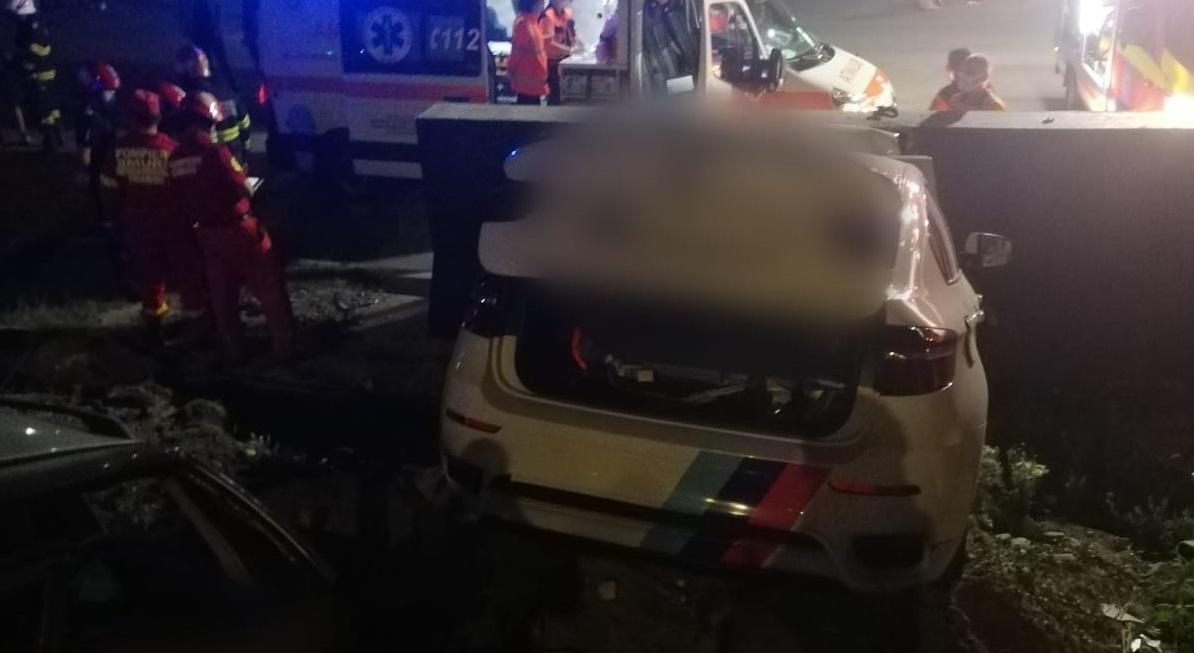 Șofer urmărit de poliție pe motiv că avea un pistol, mort într-un accident. Arma s-a dovedit a fi o brichetă