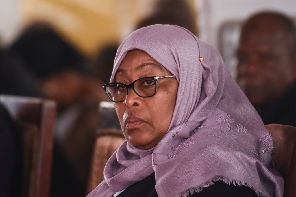 Declarație controversată a președintei Tanzaniei: Unele fotbaliste din echipa națională sunt prea urâte pentru a se mărita