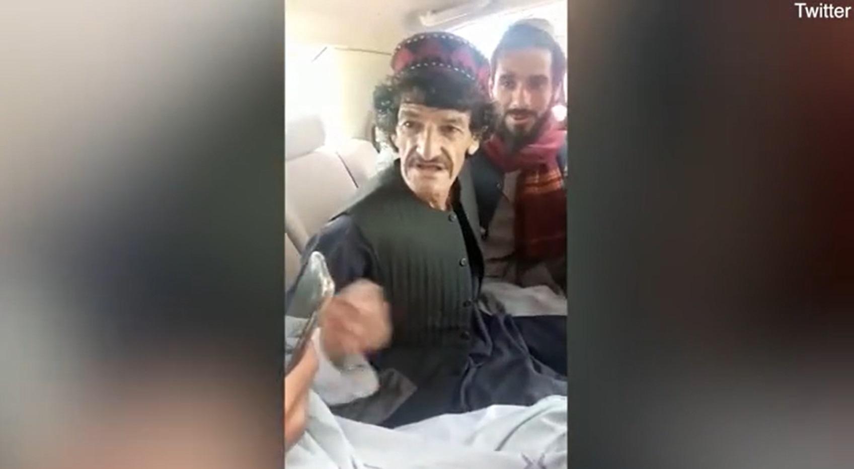 Un cunoscut comediant afgan a fost executat de talibani, pentru că a făcut glume pe seama lor. VIDEO