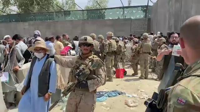 Cum sunt extrași colaboratorii NATO din Afganistan, cu ajutorul unor coduri secrete