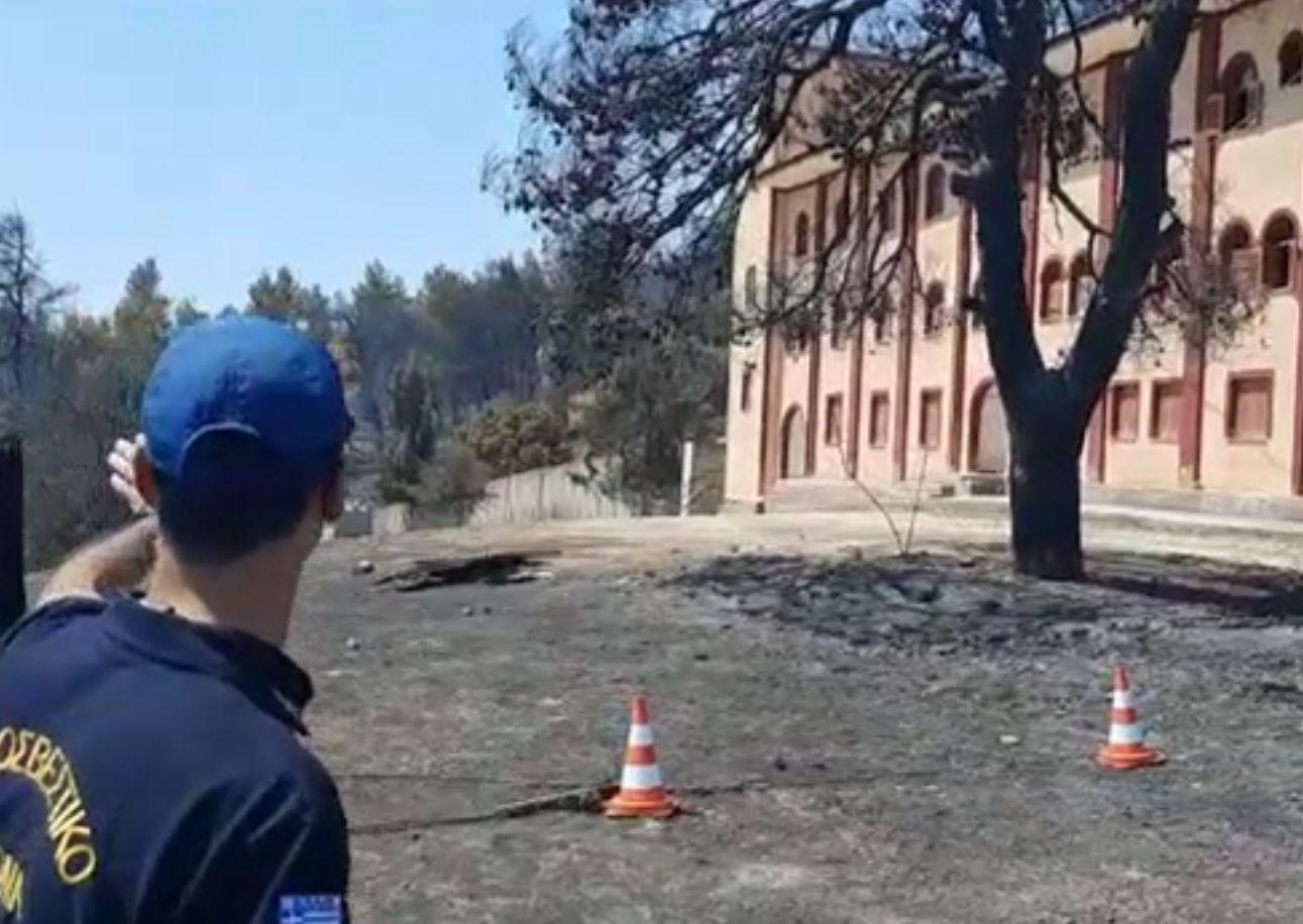 Mănăstirea Sfântul Ilie a fost ocolită ca prin miracol de un incendiu de proporții, în Grecia