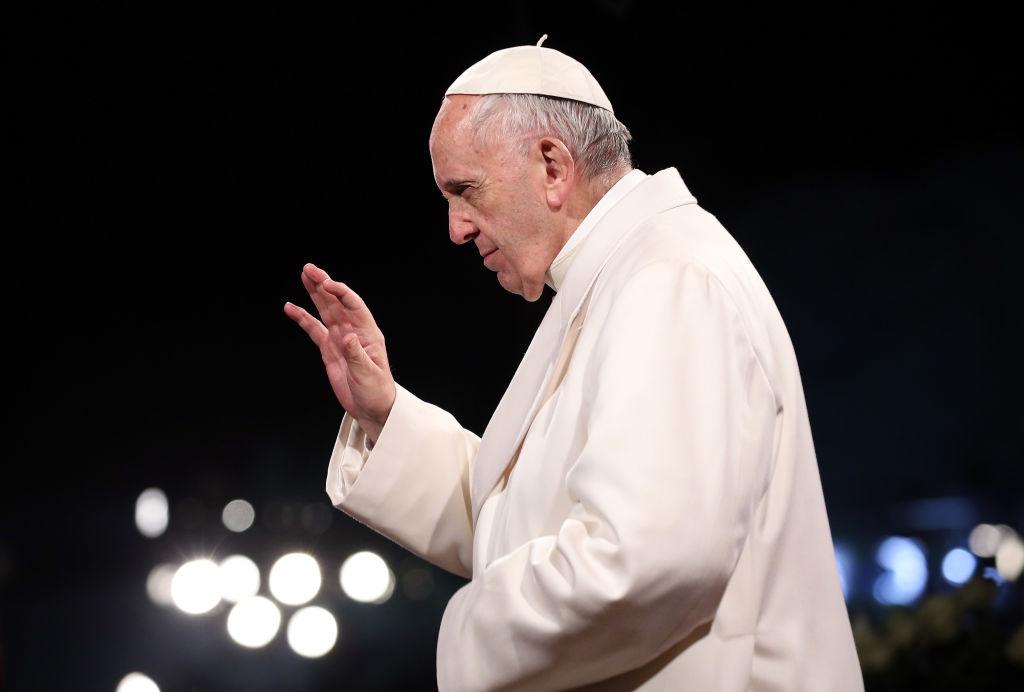 Papa Francisc donează 200.000 de euro pentru reconstrucţie după cutremurul din Haiti
