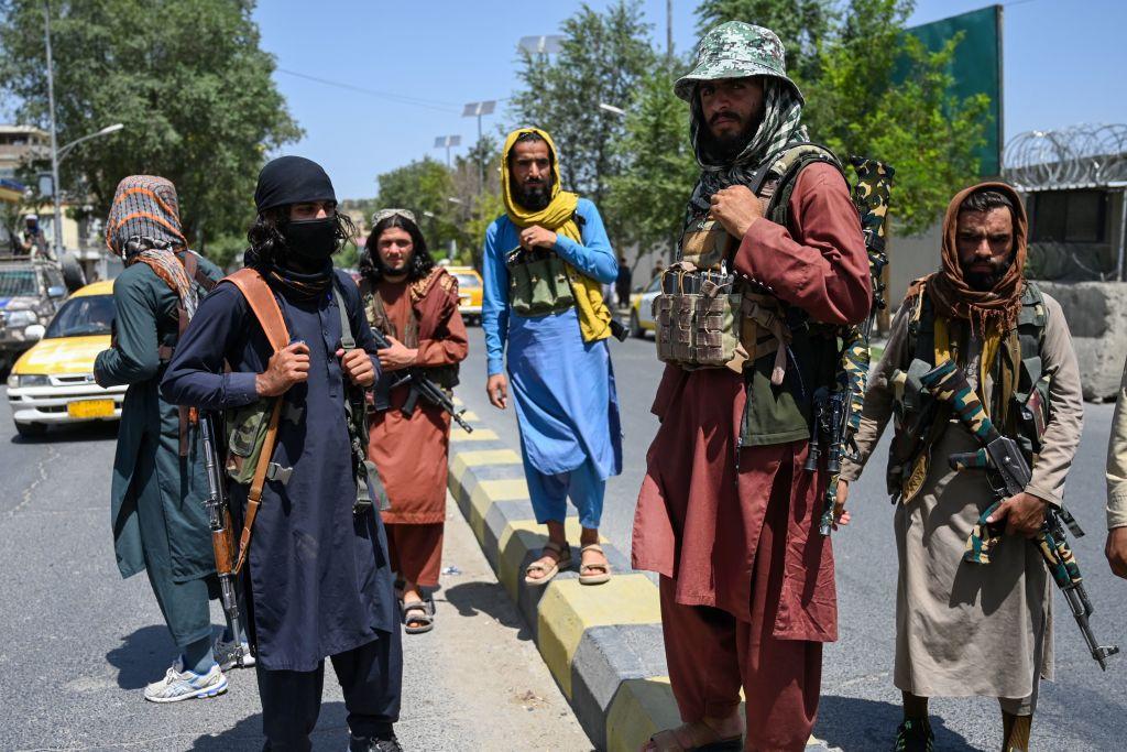 Talibanii au acceptat ca afganii să părăsească ţara după 31 august, potrivit Berlinului