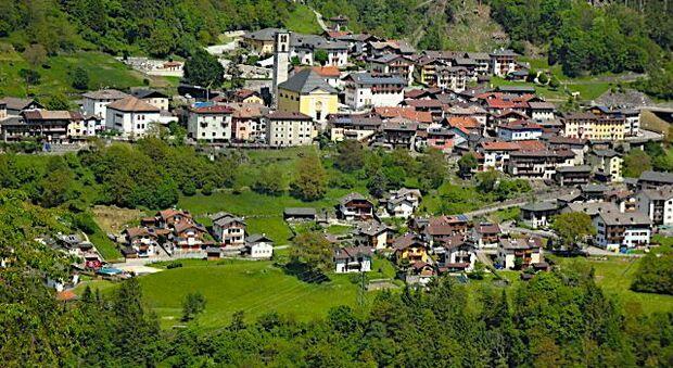Case gratis, la munte. Cine poate beneficia de ofertă