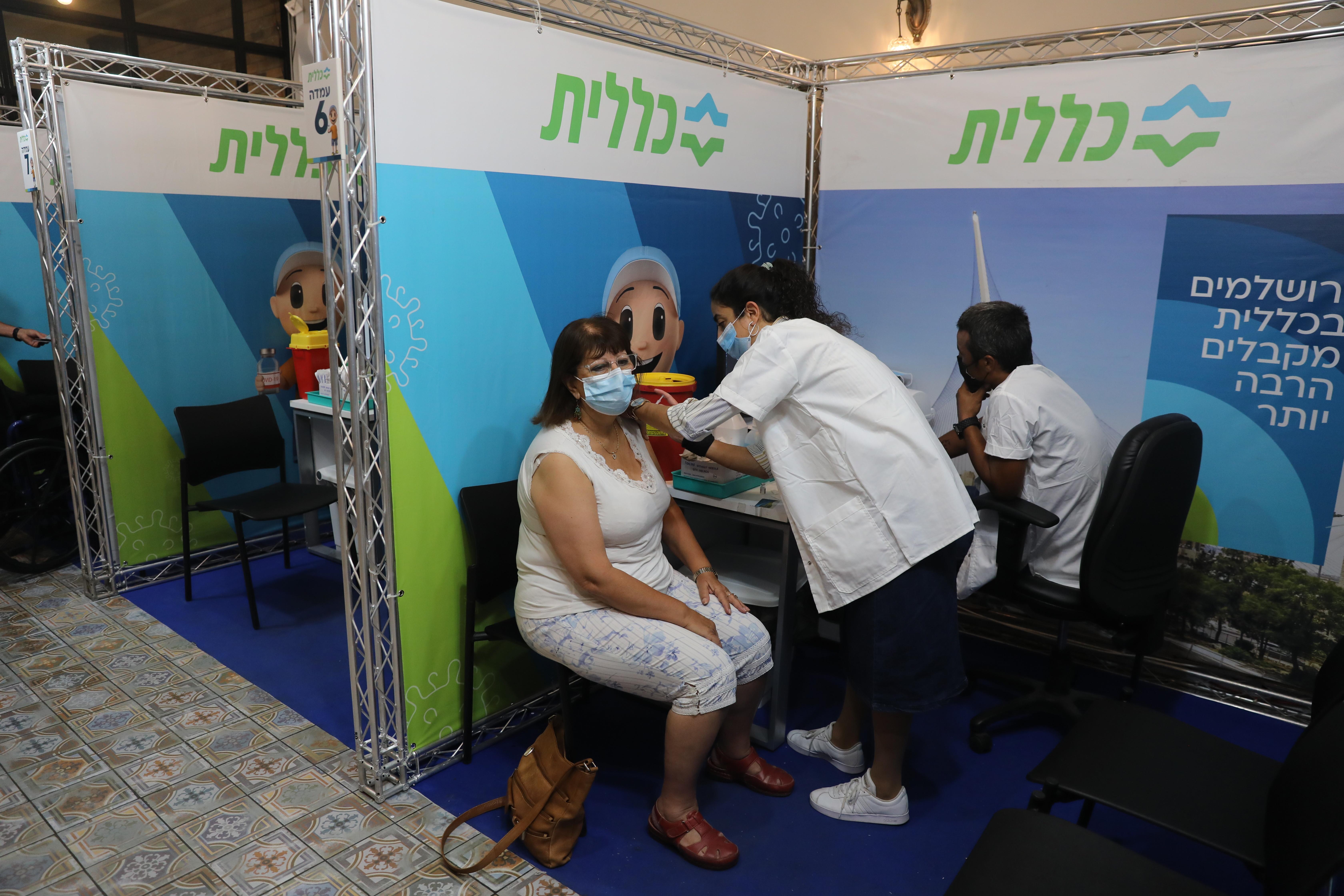 Israel raportează peste 10.000 de cazuri noi de Covid-19, pentru prima dată după luna ianuarie