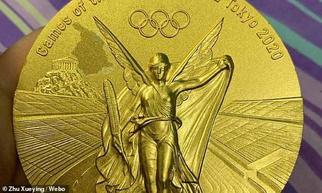 O sportivă din China se plânge că medalia câștigată la Jocurile Olimpice se... cojește