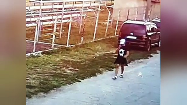 Suspectul evadat care a pus pe jar autoritățile încă nu a fost prins. Mai mulți localnici susțin că l-au văzut pe tânăr