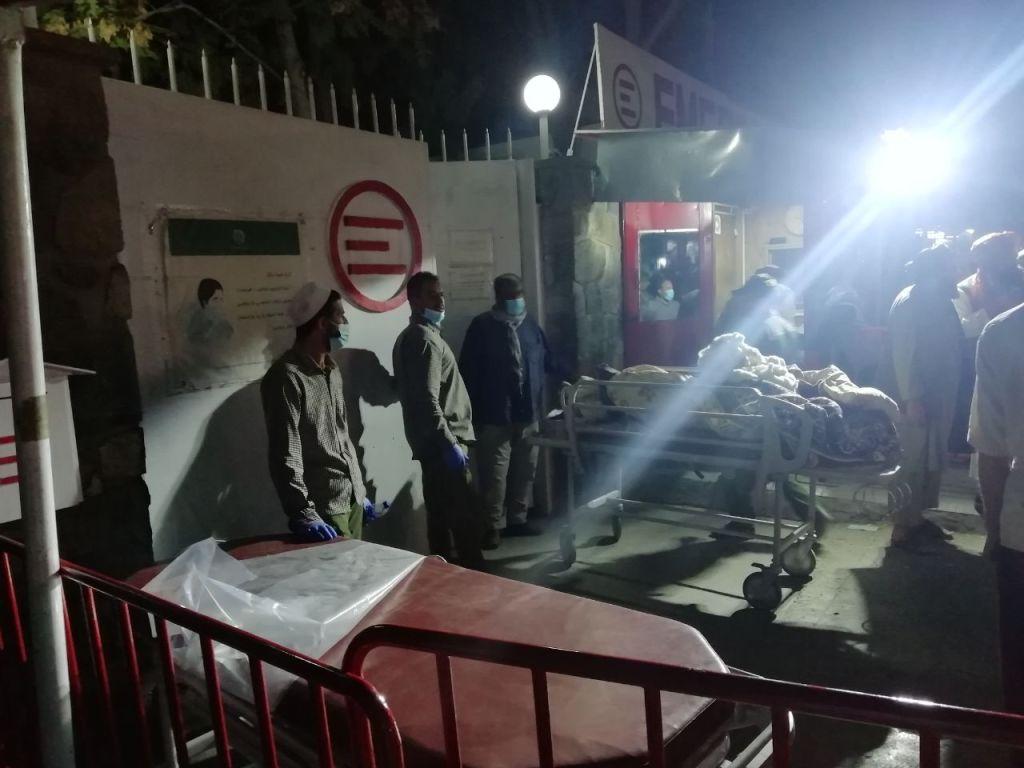 Bilanțul atentatelor teroriste de lângă aeroportul din Kabul a ajuns la cel puțin 100 de morți și 150 de răniți