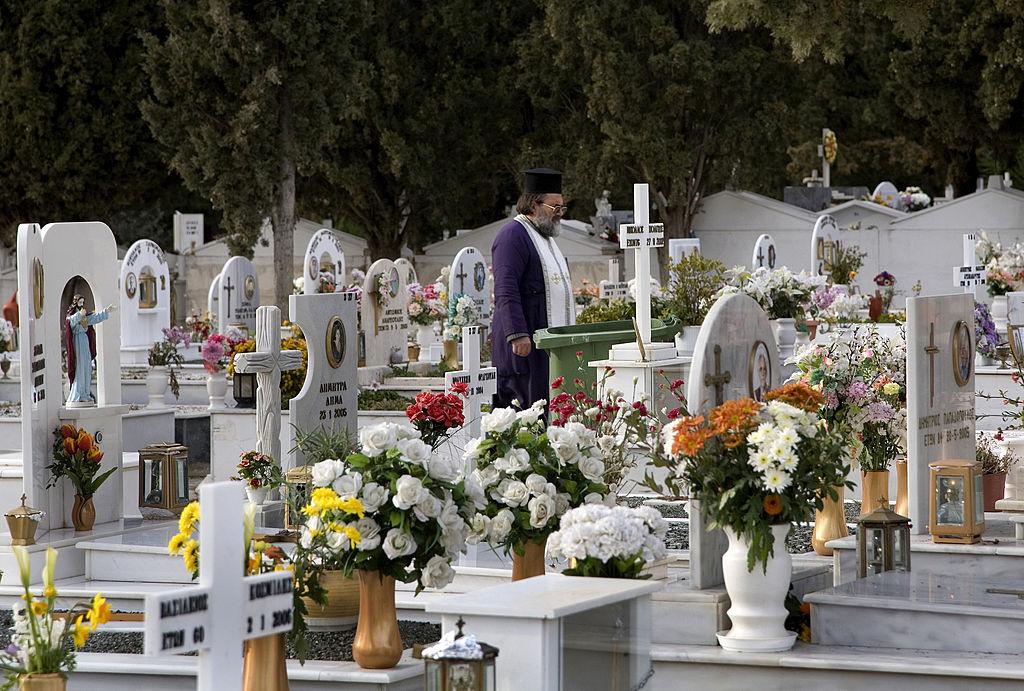 """Arhiepiscopia Sucevei organizează concursul """"Cel mai îngrijit cimitir"""". Cum va fi ales câștigătorul"""