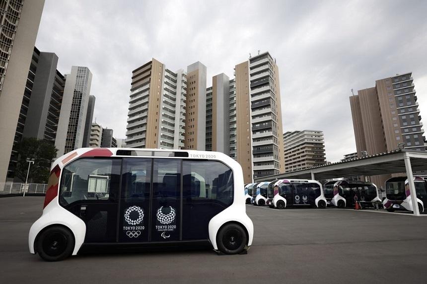 Toyota a suspendat toate vehiculele autonome e-Palette în satul Jocurilor Paralimpice din Tokyo, după rănirea unui pieton