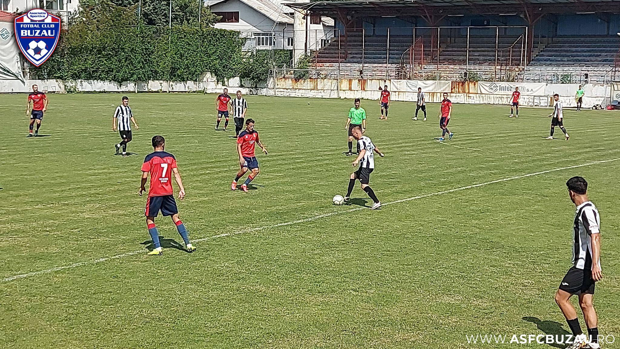 """Un meci din Liga a II-a s-a terminat 14-0, după ce antrenorul gazdelor le-a spus jucătorilor săi """"s-o lase mai moale"""""""