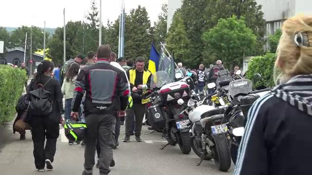 """Zeci de motocicliști au participat la un workshop despre conducerea defensivă: """"Nu toată lumea ne dă prioritate"""""""