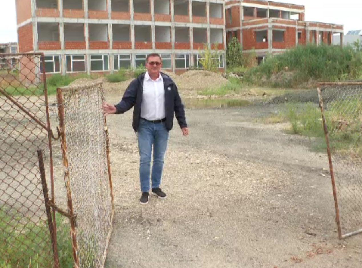 Multe școli sunt în șantier înainte de începerea școlii. La altele nici măcar n-au început lucrările