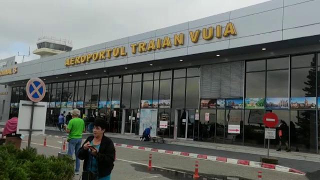 Pasagerii unei curse Wizz Air din Timișoara, anunțați că plecarea se amână cu 14 ore