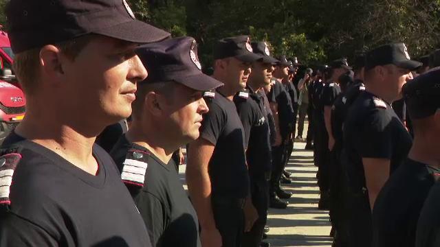 Pompierii români s-au întors acasă, după a doua misiune de stingere a incendiilor devastatoare din Grecia