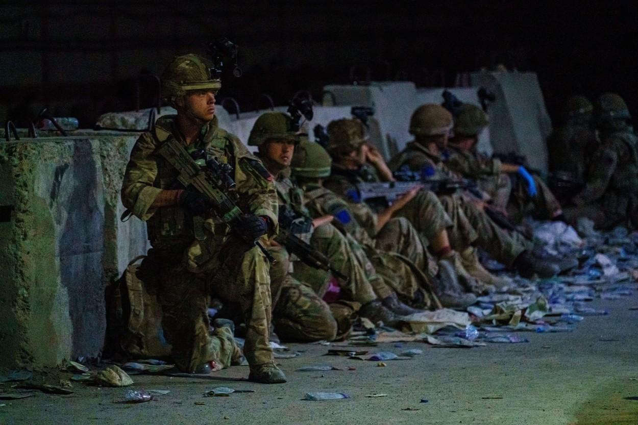 Pentagonul știa de iminentul atac de la aeroportul din Kabul. Închiderea Abbey Gate a fost întârziată