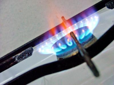 Scumpiri de peste 5% la gaze şi energie electrică, de la 1 octombrie