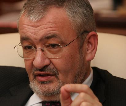 Vladescu: Totul se va impozita cu 16% - dobanzi, PFA, contracte de mandat!
