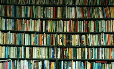 1 din 5 romani nu citeste deloc. Ce carte a detronat
