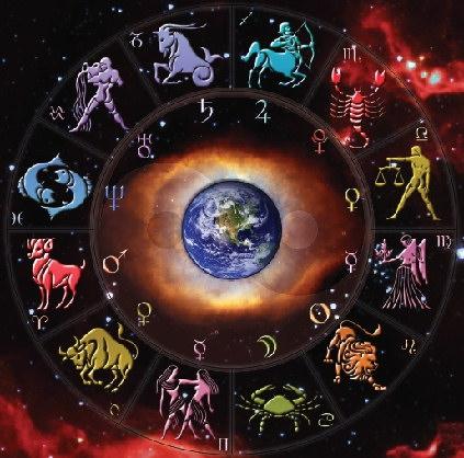 Horoscop zilnic 22 iulie 2014. Balantele sunt promovate la serviciu, iar Sagetatorii sunt invitati la mare de persoana iubita
