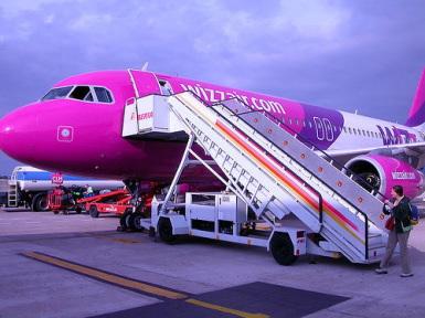 Mai multe curse charter se muta de pe Aeroportul Transilvania din Targu Mures pe cel din Cluj-Napoca