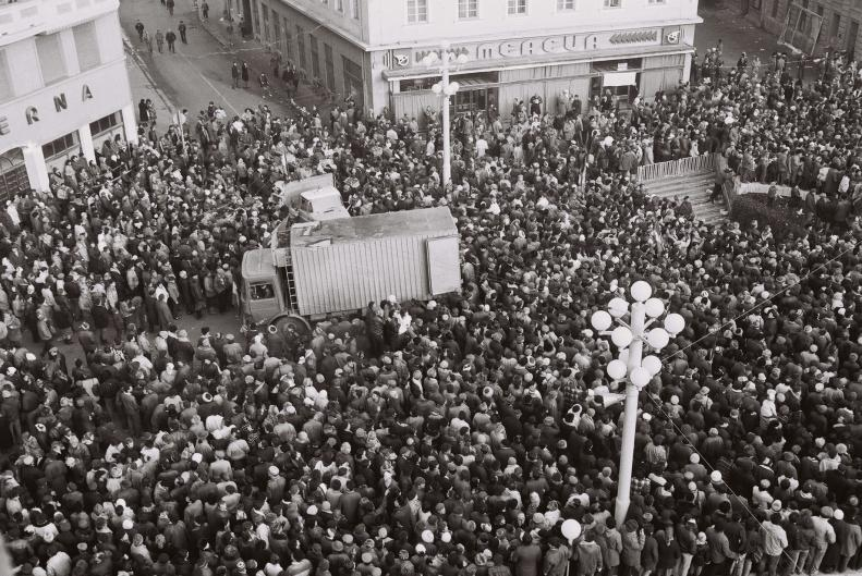 15 decembrie '89– Inceputul luptei pentru libertatea ce avea sa fie castigata cinci zile mai tarziu